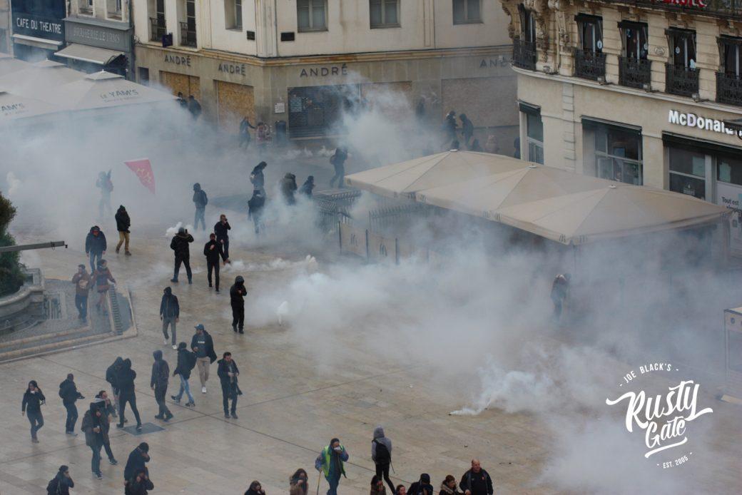 Teargas fills up the comedy. © Joe Ruzvidzo
